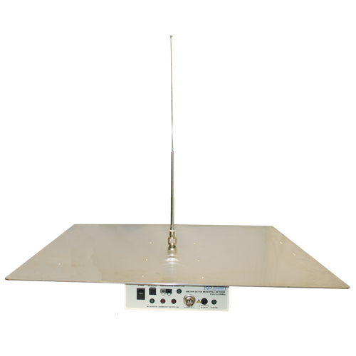 Active Monopole Antenna with Remote
