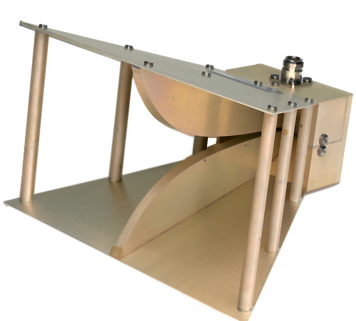 wide band horn antenna